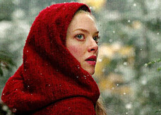Amanda Seyfried è Cappuccetto Rosso, la prima foto e video