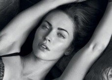 Megan Fox: nuove foto hot per Armani