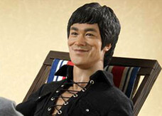 Film e gadget: L'action figure di Bruce Lee