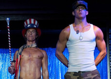 Matthew McConaughey e Channing Tatum si spogliano in Magic Mike