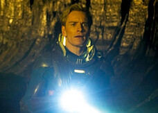 Prometheus, nuova foto e ultima preview del trailer