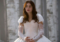 Biancaneve, nuove foto dal set con Lily Collins