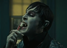 Dark Shadows, il vampiro Depp e i suoi problemi di alito nel nuovo spot tv