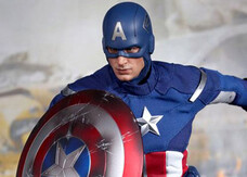 The Avengers, le foto dell'action figure di Capitan America