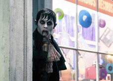Dark Shadows, Depp succhiasangue nella nuova foto e nel quinto spot tv