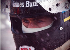 Rush, Chris Hemsworth versione Formula 1 nelle nuove foto
