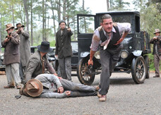 Lawless, i gangster Tom Hardy e Shia LaBeouf nel trailer vietato ai minori