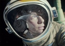 «Gravity è il miglior space movie mai realizzato», parola di James Cameron
