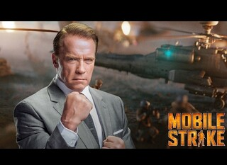 Super Bowl 2017, Arnold Schwarzenegger per Mobile Strike