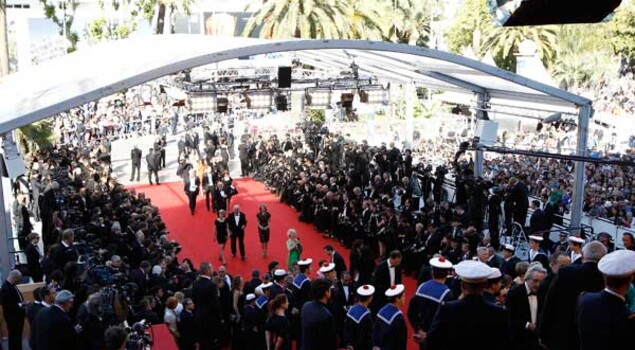 Cannes 2012, le foto di Marion Cotillard e Freida Pinto sul red carpet di Rust and Bone