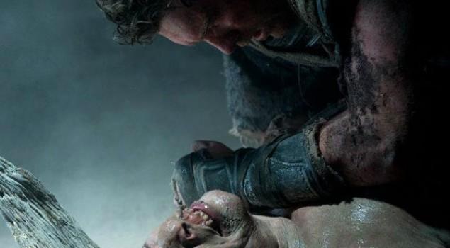 La furia dei titani, Liam Neeson incatenato in nuove foto