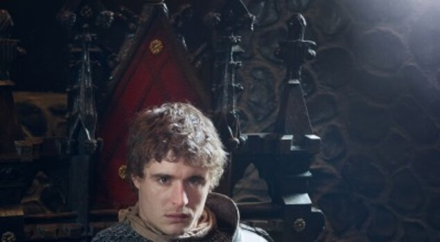 The White Queen, prima immagine e trailer per la miniserie con Max Irons nei panni del re Edoardo IV