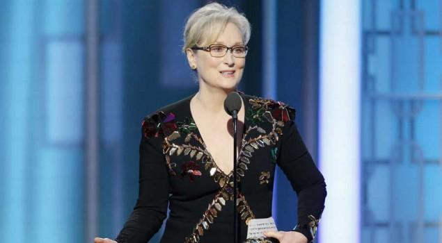 Golden Globes 2017: Meryl Streep attacca Trump. Lui: «È sopravvalutata»