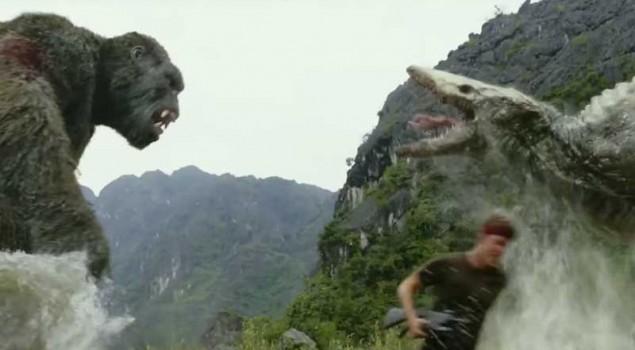 Kong: Skull Island, il Re contro una creatura mostruosa nella nuova clip