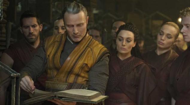 Doctor Strange, Kaecilius protagonista di una scena eliminata. Il video