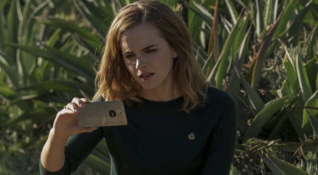 The Circle: le immagini in esclusiva del thriller con Emma Watson e Tom Hanks