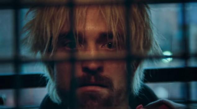 Robert Pattinson rapinatore disperato nel trailer di Good Time