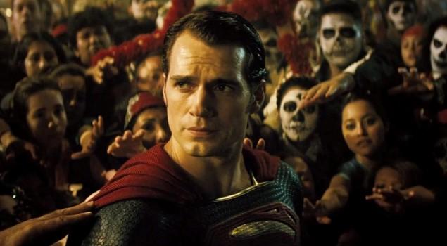 Batman v Superman: Zack Snyder conferma un'intrigante fan theory sull'Uomo d'Acciaio