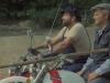 7. altrimenti ci arrabbiamo, il duello in moto