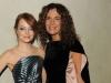 Emma Stone con Roberta Armani (2011)