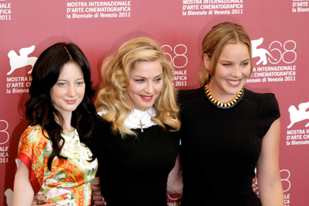 Madonna e le due interpreti di W.E. Andrea Riseborough e Abbie Cornish (foto di Luca Maragno)