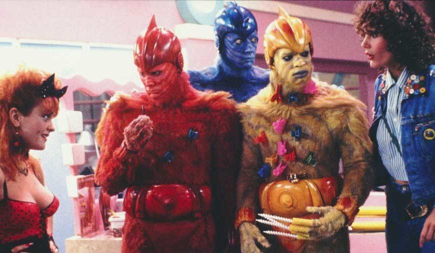Jim Carrey - Altro che The Mask! Il film di esordio di Jim Carrey fu il bizzarro cult Le ragazze della Terra sono facili, in cui era uno ...