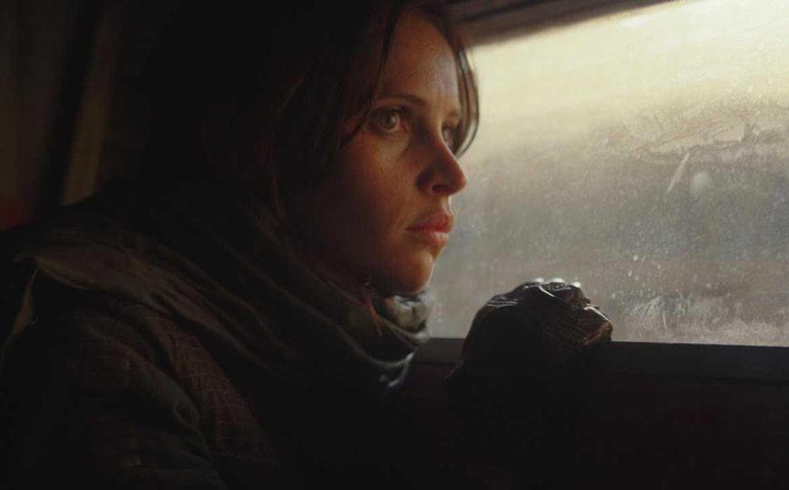 Rogue One : A Star Wars Story - Come sappiamo, al termine dello spin-off tutti i protagonisti muoiono. Il co-sceneggiatore Gary Whitta ha...