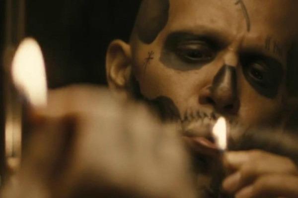 SUICIDE SQUAD - LA HILLSIDE GANG: Nel film di David Ayer si scopre che El Diablo è stato membro della Hillside Gang, la stessa banda che ...
