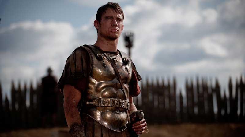 Channing Tatum - L'attore è uscito letteralmente 'ustionato' dal set di The Eagle, ambientato nel secondo secolo d.C. e gi...