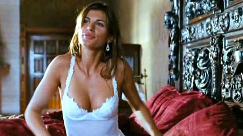 Deuce Bigalow - Puttano in saldo - Elisabetta Canalis ha un piccolo cameo nell'introduzione dove interpreta una delle clienti di Rob...