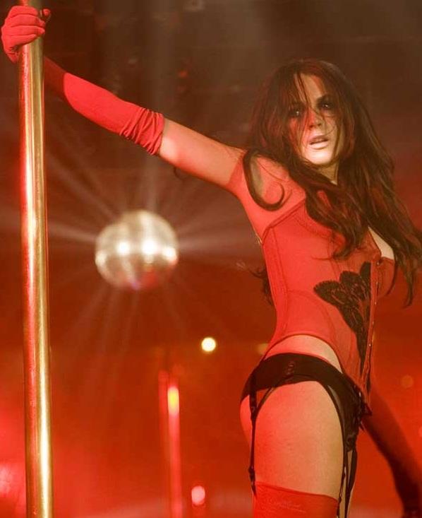 Lindsay Lohan - Il film non ha avuto grande successo, ma la sua performance nei panni della spogliarellista Aubrey in I Know Who Killed M...