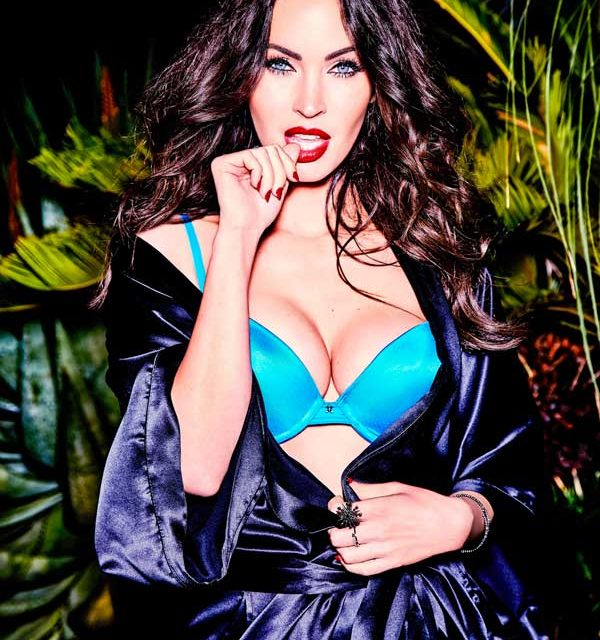 Megan Fox per Frederick's of Hollywood (1)