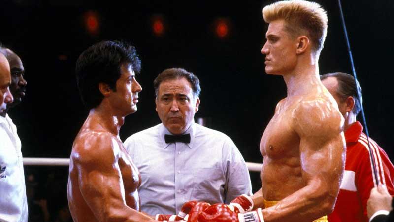 Sylvester Stallone - L'attore voleva che la scena finale di Rocky IV fosse il più reale possibile, così chiese a Lundgren di colpirl...
