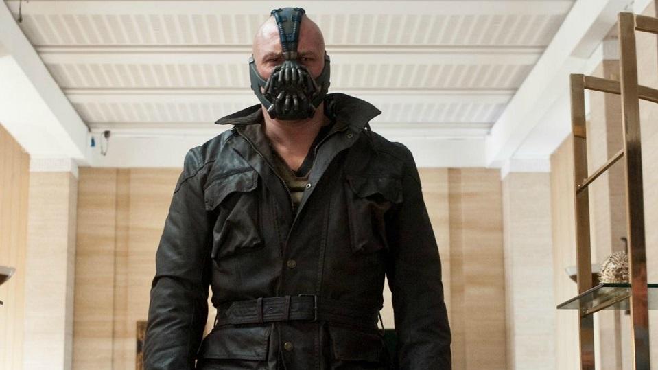 #15 - Ti basta vederlo e hai già paura. Calvo, muscolosissimo e con voce robotica. Stiamo parlando del Bane interpretato da Tom Hardy ne ...