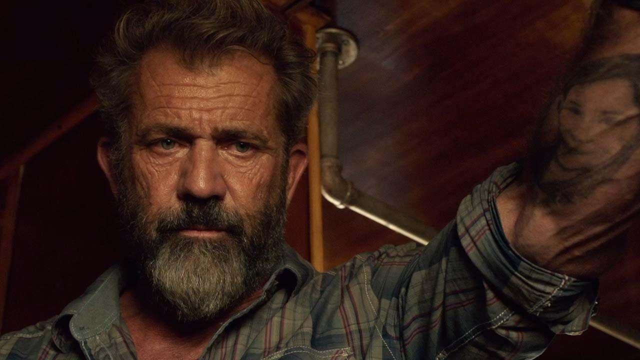 Nel 2005, il 34enne Zach Sinclair è stato accusato di stalking dopo essere stato beccato a inseguire Mel Gibson parecchie volte. È stato ...