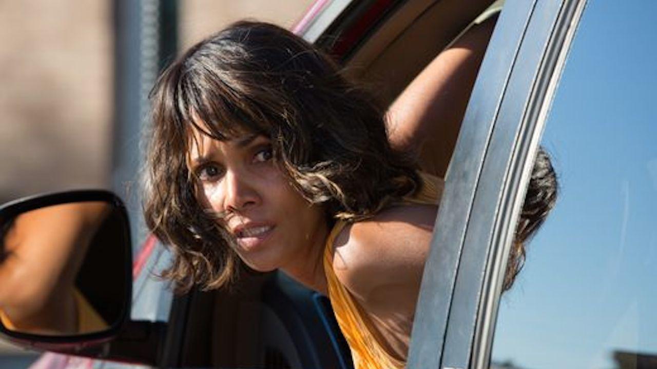 Halle Berry ha avuto ben due stalker. Il primo, Richard Anthony Franco, nel luglio 2011, ha cercato di entrare a casa dell'attrice b...