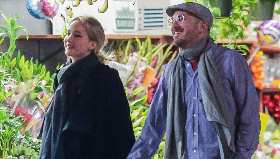 Jennifer Lawrence c'è, e anche il Darren Aronofsky de Il cigno nero. E se l'accoppiata - già esplosiva di per sé - non dovesse ...