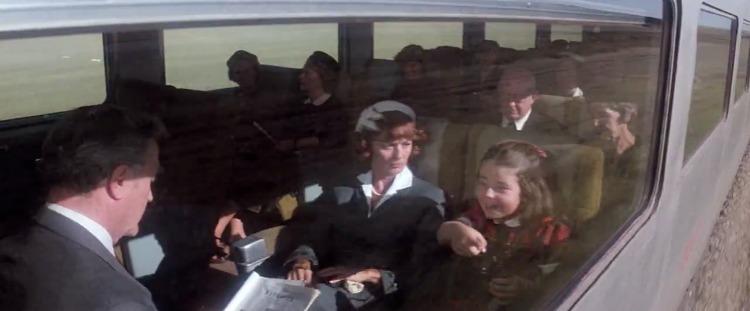 SUPERMAN '78 - I GENITORI DI LOIS LANE: Nel primo atto, un giovanissimo Clark Kent incontra sul treno quelli che si scopriranno esse...