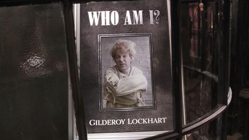 Harry Potter e la Camera dei Segreti - Finiti i titoli di coda si apre una scena al Ghirigoro di Diagon Alley e scopriamo che Gilderoy Al...