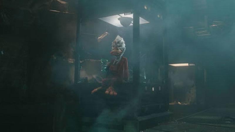 Guardiani della Galassia - Nella scena dopo i titoli di coda il Collezionista si ritrova nella sua base, completamente distrutta, insieme...