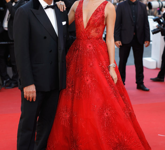 Sara Sampaio - Un classico (firmato Zuhair Murad Couture), ma anche per la top model vale lo stesso discorso che per Julianne Moore: trop...
