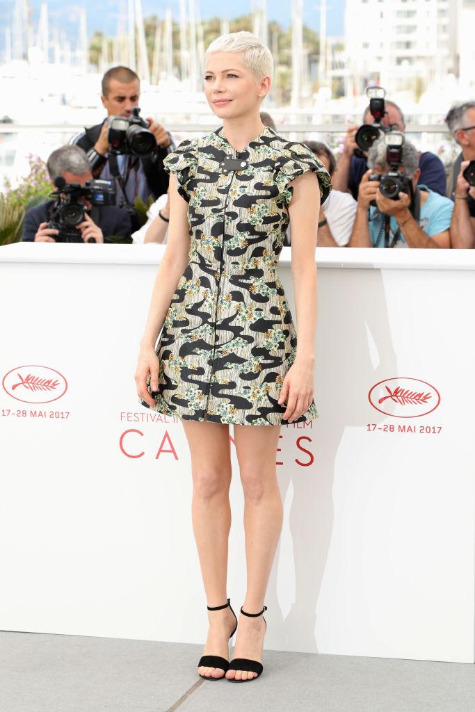 Michelle Williams: Stupenda l'attrice durante il photocall pomeridiano: total look Louis Vuitton. Meravigliosa! Voto: 8/9