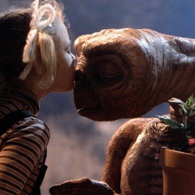 WTF: 10 film banditi - E.T.